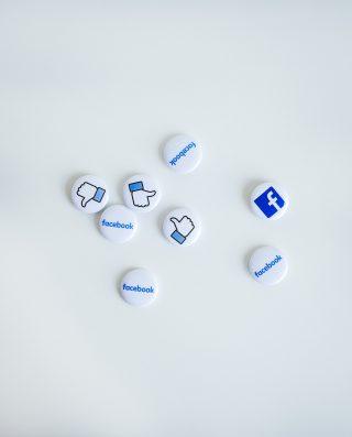 Facebook e altri social